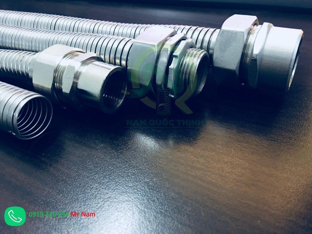 ống ruột gà inox